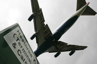 Heathrow-plane_415x275