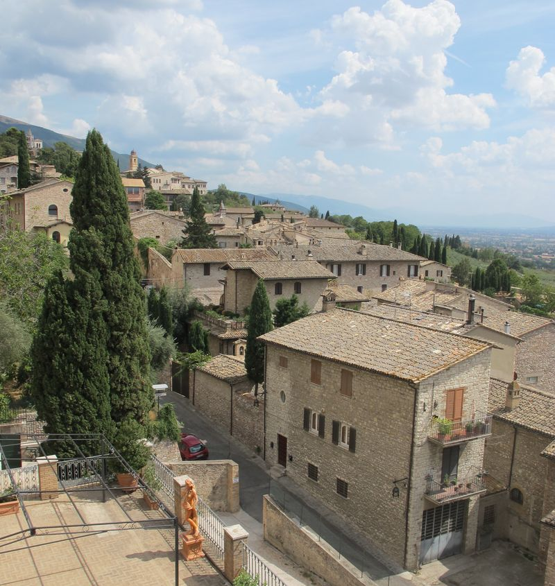 Assisi Houses