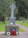 Cross_with_wreaths_3